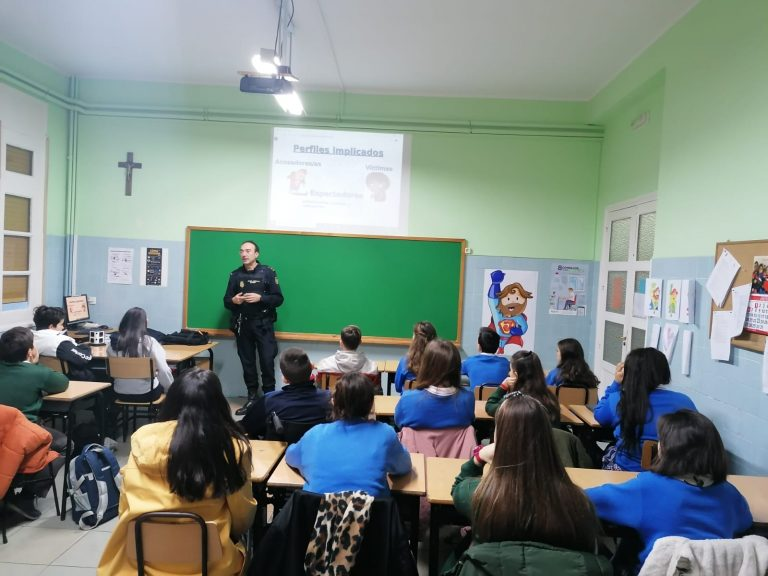 poliica1 (1)
